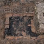 Abb. 7 der Grundriss des abgebrannten Kellers (Komplex 237), der nicht von der Stadtbefestigung überlagert wird