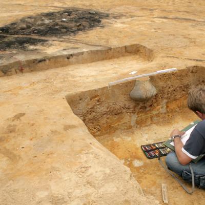 Dokumentation eines Urnengrabes